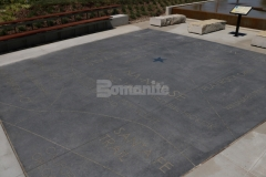 I love this hardscape surface that was created using Bomanite Alloy Exposed Aggregate because the custom engraved decorative concrete adds beautiful aesthetic appeal and a unique artistic touch to this outdoor gathering space.